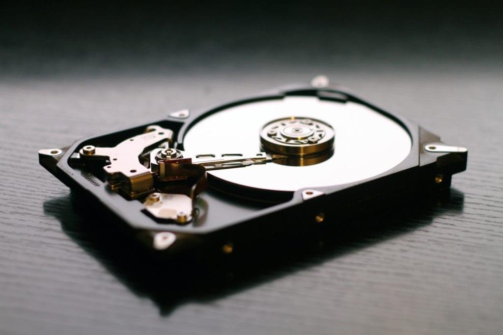 hosting kapasitas besar