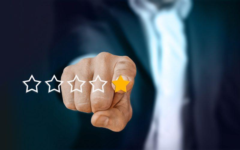 rating dan pasar milenial